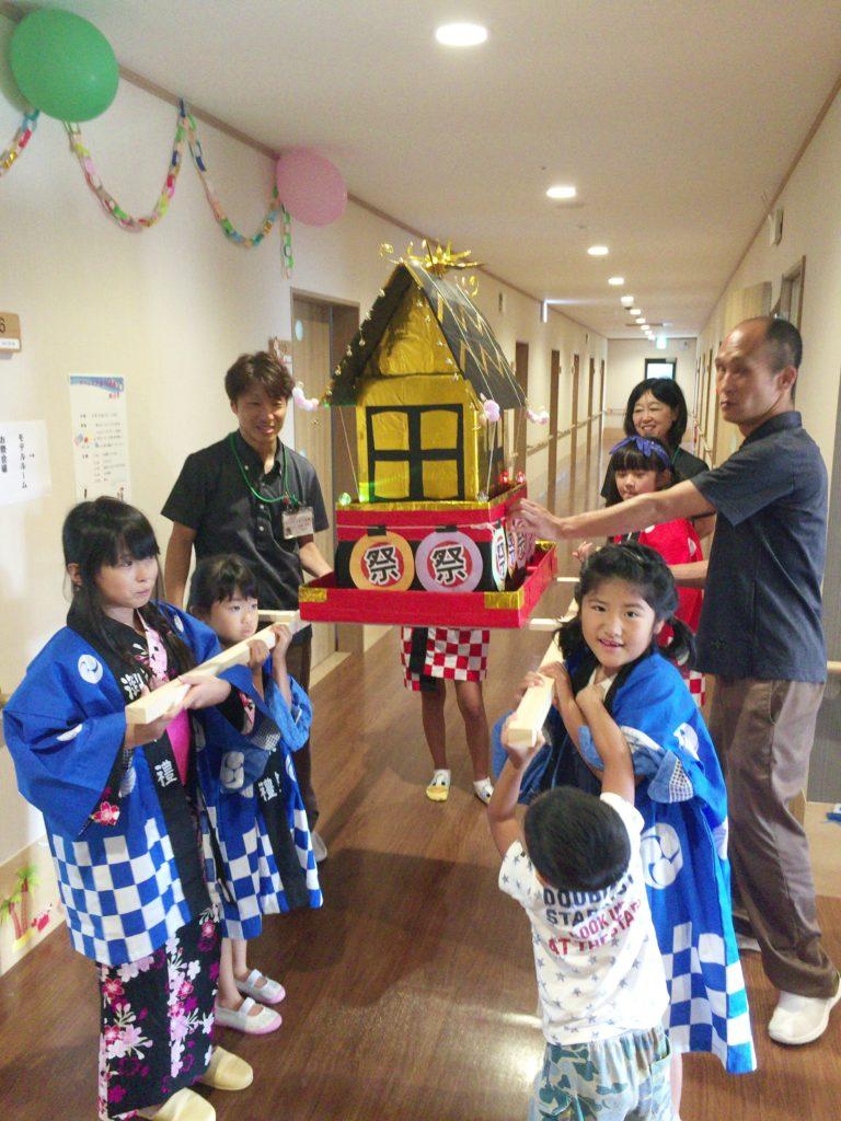 お神輿の名前はWAKABAYASHIだそうです。